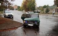 Водитель устроил ДТП и сбежал, бросив авто с детьми