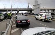 В Киеве угрожают взорвать мост Метро
