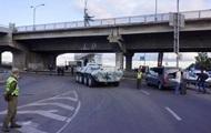 Захватчик моста обстрелял полицию