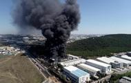 В Стамбуле при пожаре пострадали семь человек
