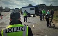 Два микроавтобуса столкнулись во Львовской области