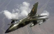 В небе над Германией истребитель потерял два топливных бака – СМИ