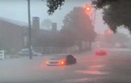 На Техас обрушился мощный шторм, есть жертвы