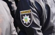 На четырех детей в Житомире упал рекламный баннер
