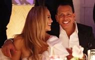 Лопес і Родрігес відсвяткували заручини