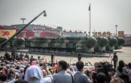 Китай показал новейшее оружие на параде
