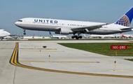 В США экстренно сел самолет United Airlines