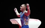 В Оше встретили серебряного призера чемпионата мира по борьбе среди ветеранов Б.Караева. Фото