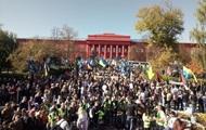 Националисты собираются на марш в Киеве