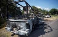 У Мексиці 14 поліцейських загинули в перестрілці
