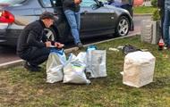 В киевском фастфуде задержали мужчину с 20 кг наркотиков