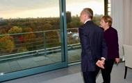 Меркель и Столтенберг ответили на слова Макрона