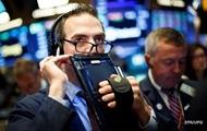 Биржи США открылись резким падением вслед за обвалом рынка Китая