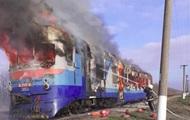 В Николаевской области сгорели тягач и вагон пассажирского поезда