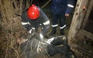 На Днепропетровщине спасатели достали мужчину из уличного туалета