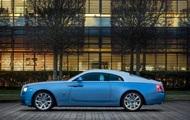 Потолок Rolls-Royce Wraith украсили уникальной вышивкой