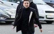 Зеленский из аэропорта призвал собрать Кабмин