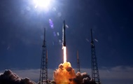 SpaceX запустила космічну вантажівку Dragon до МКС