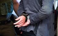 Депутат пытал бизнесменов и требовал почти миллион долларов - полиция