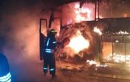В Луцке ночью сгорело четыре автобуса