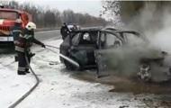 На Сумщине на ходу загорелся Porsche Cayenne