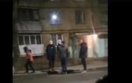 В Харькове подростки ночью крушили машины