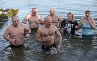 Россиянам дали рекомендации по купанию в проруби
