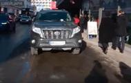 Украинец получил солидный штраф за неправильную парковку в Давосе