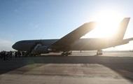 """Самолет """"Победы"""" со 173 пассажирами на борту совершил жесткую посадку в Армении"""