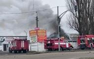 Під Києвом сталася пожежа на складі