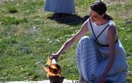 Эстафета олимпийского огня остановлена из-за COVID-19
