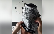 В сети показали, как сделать маску из трусов