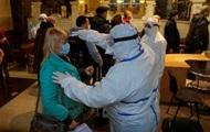 Назван возраст заболевших коронавирусом в Украине