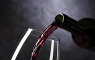 Червоне вино уповільнює старіння - вчені