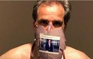 Німецькі лікарі знялися голими на знак протесту