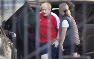 Елизавета II разрешила Джонсону занятия спортом во дворце