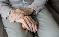 Старенька голодувала п'ять днів через острах коронавірусу