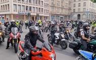 В Германии на акции протеста вышли тысячи байкеров