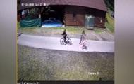 На Закарпатті чоловік побив 12-річну велосипедистку, яка його збила