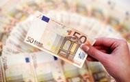 Нацбанк укрепил официальный курс национальной валюты к доллару на 24 сентября до 24,32 грн/$1