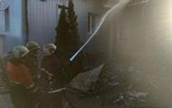 В Харькове всю ночь тушили пожар в цеху