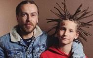 В России после концерта умер известный рэпер Децл