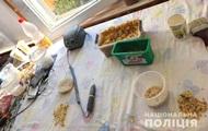 На Рівненщині іноземець організував підпільний цех з обробки бурштину