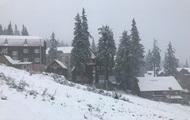 Курорт в Карпатах засыпало снегом