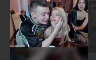 Российский стример в прямом эфире избил модель
