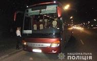У рейсовому автобусі під Києвом п'яний поранив ножем пасажирів