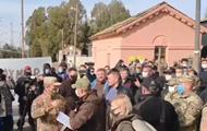 Слуг народу  на Донбасі зустрів Нацкорпус