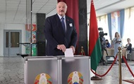 Лукашенко обвинил Россию во вмешательстве во внутренние дела Беларуси