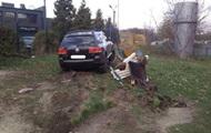 У Львові поліцейський розбив три авто і в'їхав на дитячий майданчик