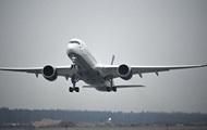 2570164 - Самолет из РФ задержали в Нью-Йорке